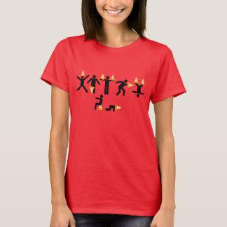 Typische Studenten-Straßen-Verkehrs-Kegel-Streiche T-Shirt