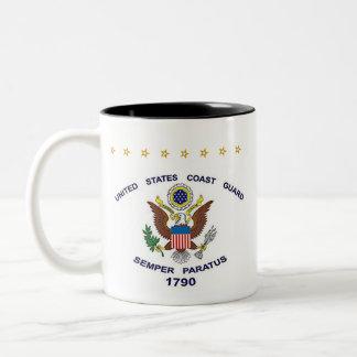 U.S. Küstenwache - zurückgezogen Zweifarbige Tasse