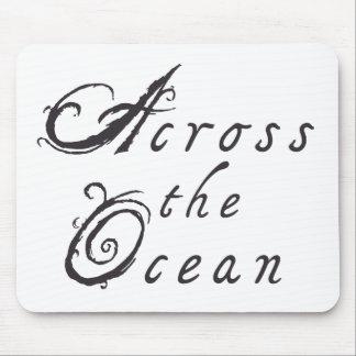 Über dem Ozean Mousepad