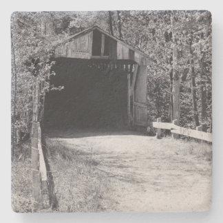 Überdachte Brücke Steinuntersetzer