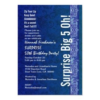 ÜBERRASCHEN Sie 50. Geburtstags-königliches Blau 12,7 X 17,8 Cm Einladungskarte