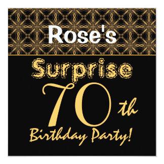 ÜBERRASCHEN Sie 70. Geburtstags-Gold und schwarzes Quadratische 13,3 Cm Einladungskarte