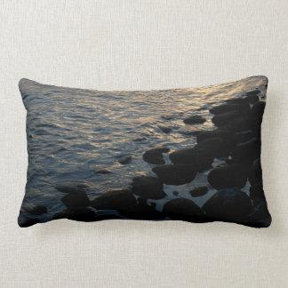 Ufer-Felsen, lumbales Kissen