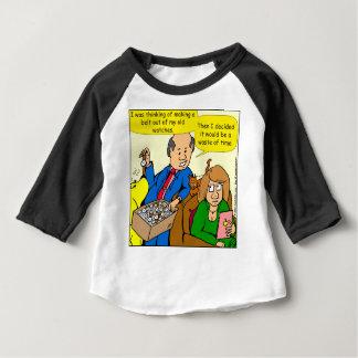 Uhr mit 919 Gurten ein Vatiwitz-Cartoon Baby T-shirt