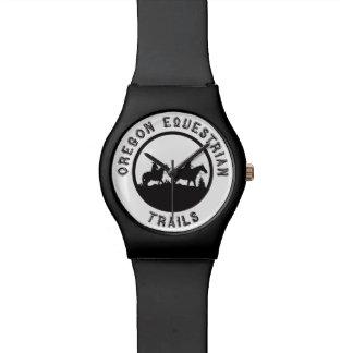 Uhr mit Logo