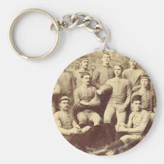 UMass Fußball 1888 Schlüsselanhänger