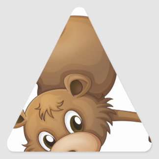 Un castor espiègle sticker triangulaire