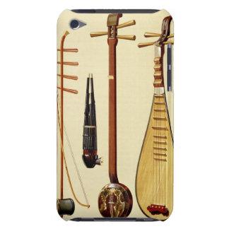 Un huqin et un arc, un sheng, un sanxian et un coques iPod touch