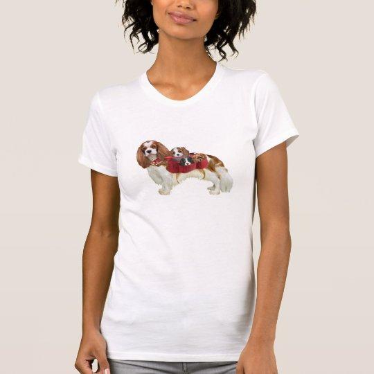 Unbekümmerte Königcharles Spaniel-Mamma T-Shirt
