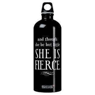 Und obwohl sie aber wenig ist, ist sie heftig wasserflasche
