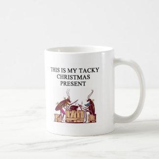 une conception de mauvais goût de cadeau de Noël Mug Blanc