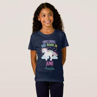 Unicorns sind geborenes im Juni personalisiertes T-Shirt