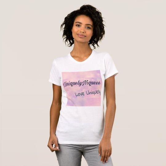 """UniquelyNiqueee """"Liebe-einzigartig"""" T-Stück T-Shirt"""