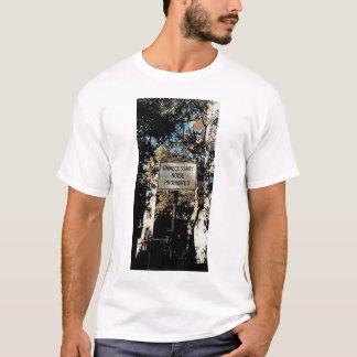 Unnötige Geräusche T-Shirt