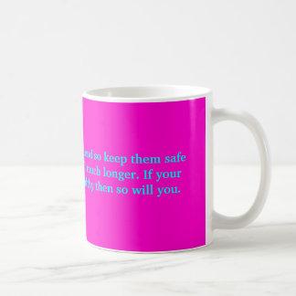 Unsere Brüste sind unser bester Freund, also Kaffeetasse
