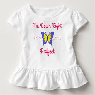 Unten recht vervollkommnen Sie, Down-Syndrom Kleinkind T-shirt