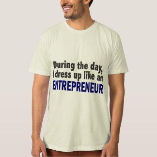 Unternehmer während des Tages T-Shirt