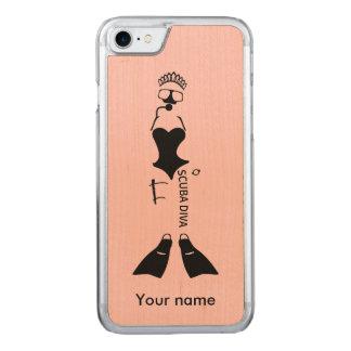 Unterwasseratemgerät-Diva-Sporttaucher Carved iPhone 8/7 Hülle