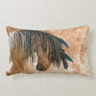 Ureinwohner-Pferd durch BiHrle Kissen