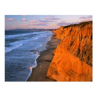 USA, Kalifornien, Klippen am Pescadero Postkarte