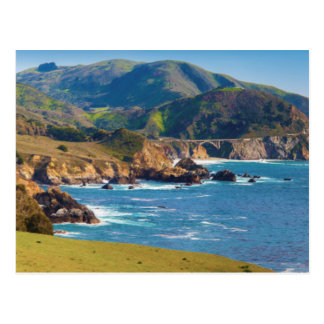 USA, Kalifornien. Panorama von großem Sur mit Postkarte