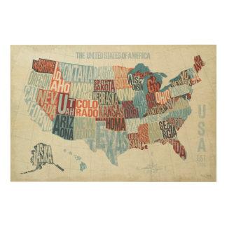 USA-Karte mit Staaten in den Wörtern Holzleinwand
