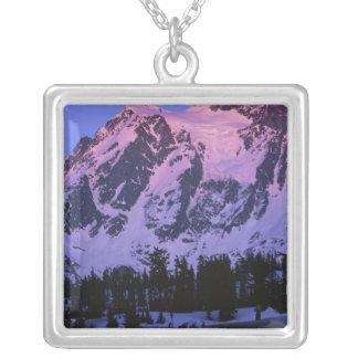 USA, Washington, Mt. Shuskan in den Nordkaskaden Versilberte Kette