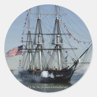 USS-Konstitutions-Zündungs-Kanonen Runder Aufkleber