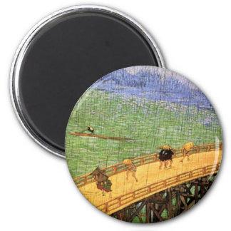 Van Gogh - Japonaiserie : Pont sous la pluie Magnet Rond 8 Cm