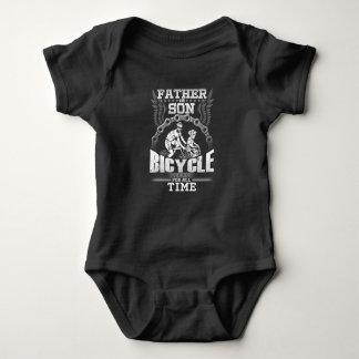 Vater-Sohn-Fahrrad Baby Strampler