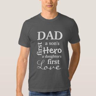 Vati erstes eines Sohns Held die erste Liebe einer Tshirts