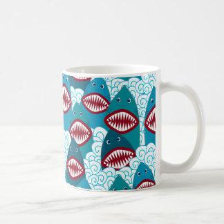 Verärgerte Haifische Kaffeetasse