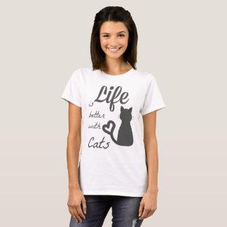verbessern Sie mit Katzen T-Shirt