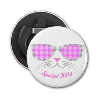Verdorbenes Miezekatze-Katzen-Gesicht in den rosa Flaschenöffner