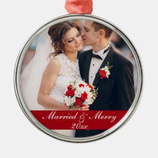 Verheiratete u. fröhliche rundes silberfarbenes ornament