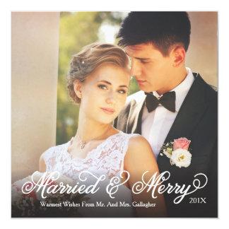 Verheiratete und fröhliche quadratische 13,3 cm einladungskarte