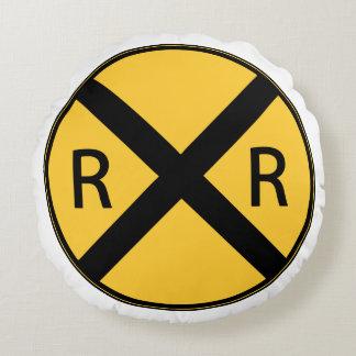 Verkehrsschild-Eisenbahn-Straßenüberquerung Rundes Kissen