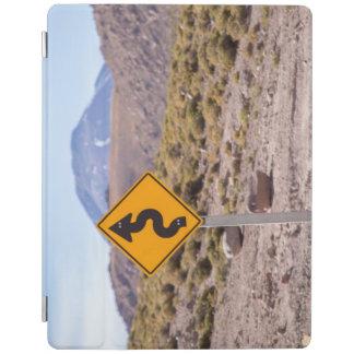 Verkehrsschild herein Atacama Wüste iPad Hülle