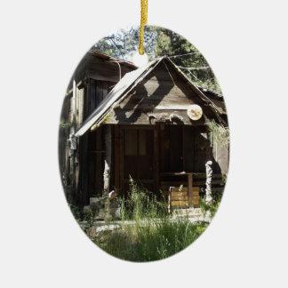 Verlassene Kabine im Holz Ovales Keramik Ornament
