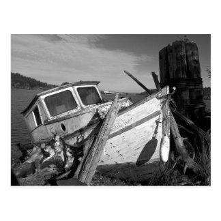 Verlassenes Schiffbruch-Schwarzweiss-Foto Postkarten