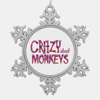 Verrückt über Affen Schneeflocken Zinn-Ornament