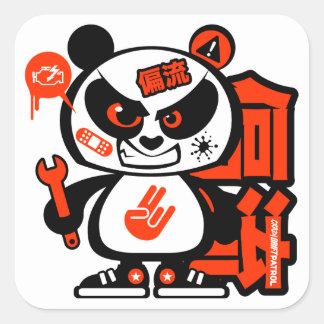 Verrückte Antrieb-Patrouille - aggressiver Panda Quadratischer Aufkleber