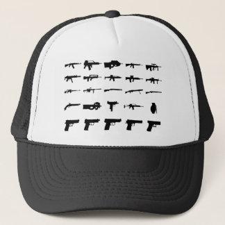 verschiedene Gewehre Truckerkappe