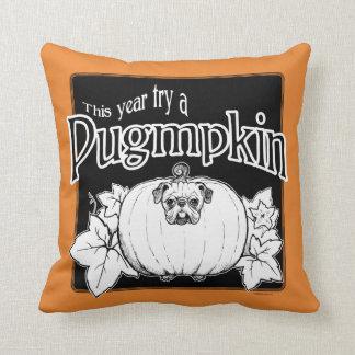 Versuchen Sie ein Pugmpkin! Wurfs-Kissen Kissen