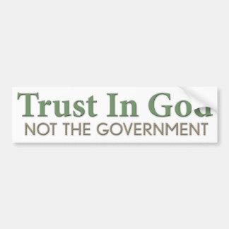 Vertrauen im Gott, nicht die Regierung Autoaufkleber
