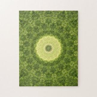 Verwickelte grüne und gelbe Mandala