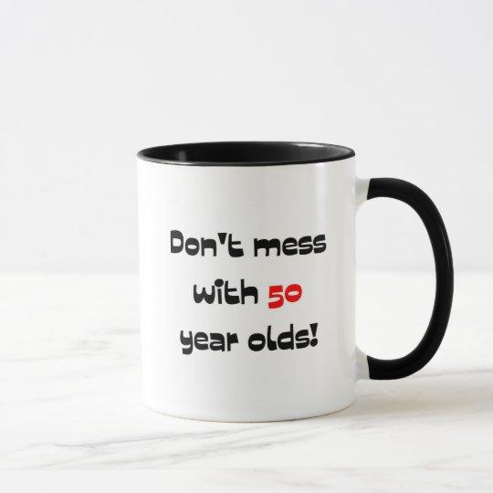 Verwirren Sie nicht mit 50 Jährigen Tasse