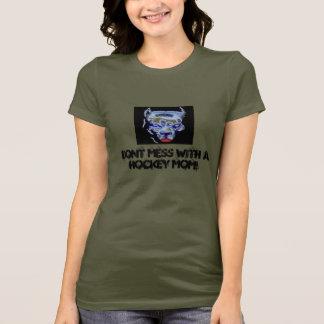 Verwirren Sie nicht mit einer Hockey-Mamma! T-Shirt