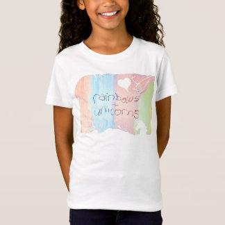 Verzauberte Regenbogen- und Einhorn-Märchen T-Shirt