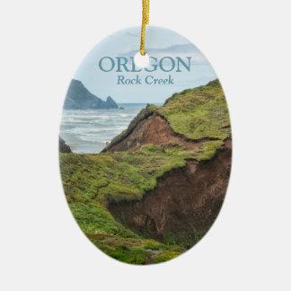 Verzierung: Abgefressener Hügel auf Oregon-Küste Ovales Keramik Ornament